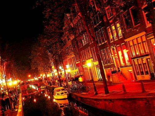 Il quartiere a luci rosse di amsterdam turismo vacanza for Amsterdam vacanza