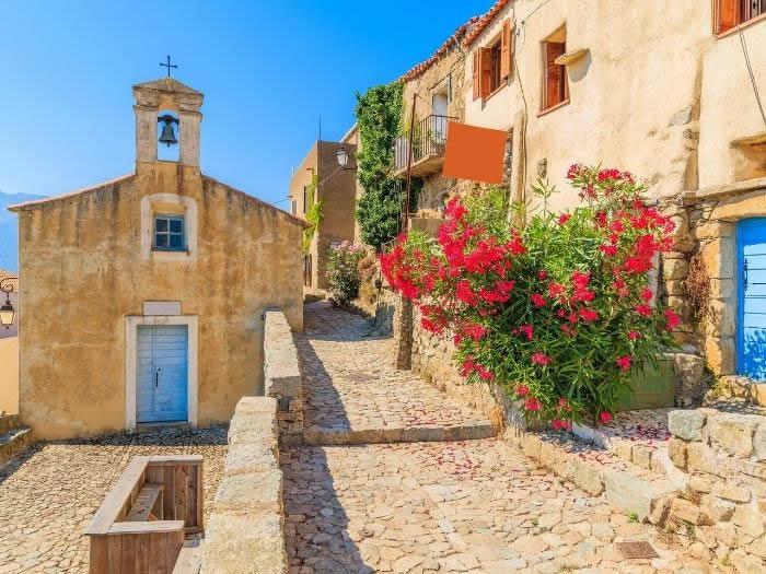 Vacanze in Corsica: borghi
